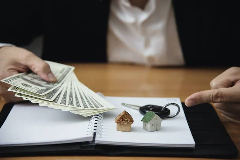 Have clear savings plan to save for a future house