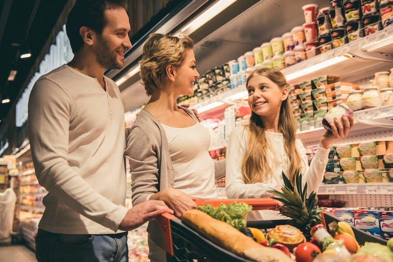 Frugal Living Tips as a family - Be wise about your food budget