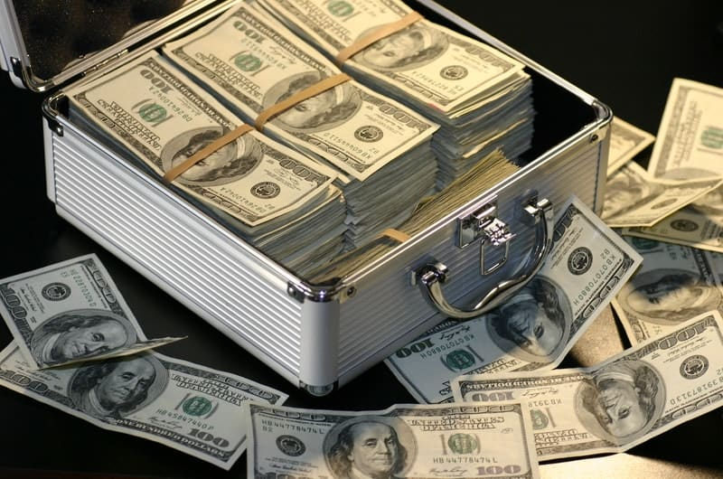 How To Become A Millionaire By 40 Through Personal Finance